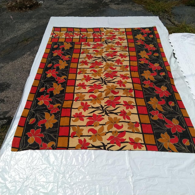 Late 20th Century Vintage Indian Reversible Sari Quilt For Sale - Image 5 of 6