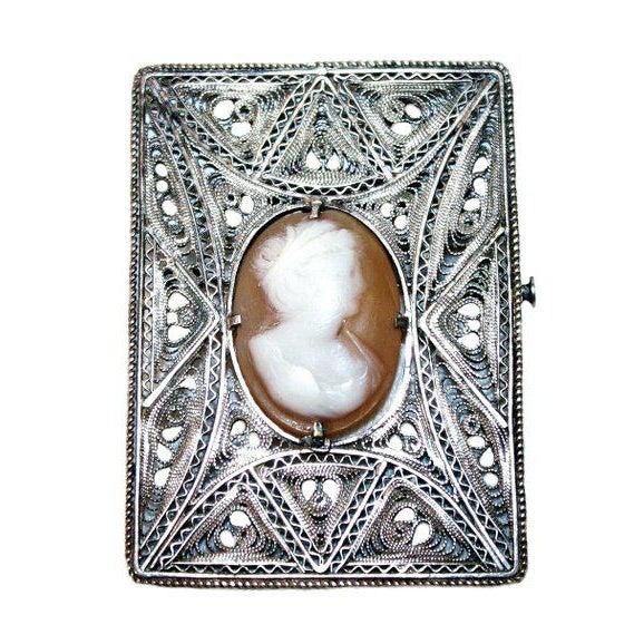 Italian Antique Italian Silver Cameo Brooch - Vintage Cameo Brooch - Italian Jewelry - 1900s Jewelry - Silver Filigree - Wedding Jewelry For Sale - Image 3 of 3