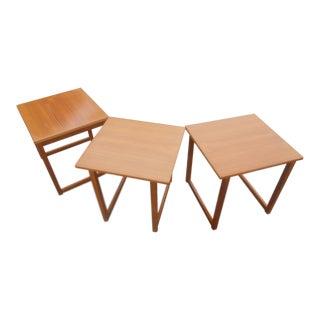1960s Danish Moden Kai Kristiansen for Vildbjerg Møbelfabrik Teak Cube Nesting Tables - Set of 3 For Sale