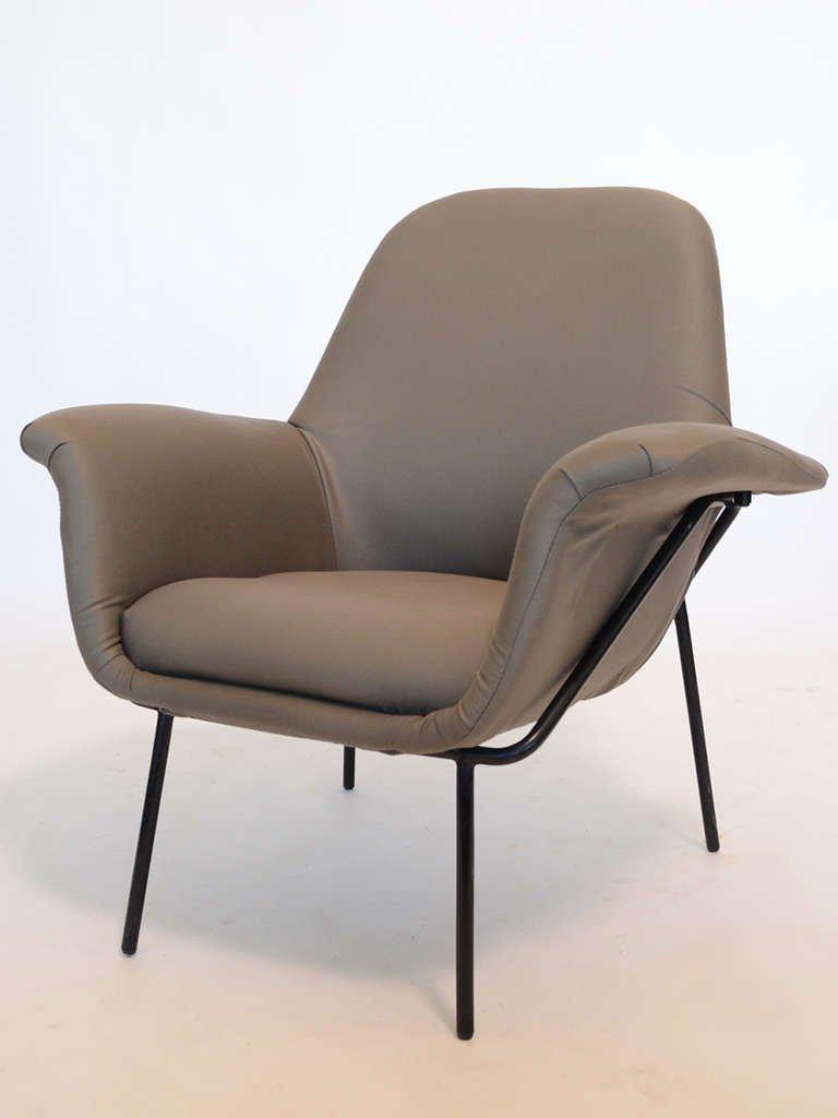 A rare piece this elegant and comfortable  Lucania  easy chair by Giancarlo De  sc 1 st  Decaso & Fine Giancarlo De Carlo