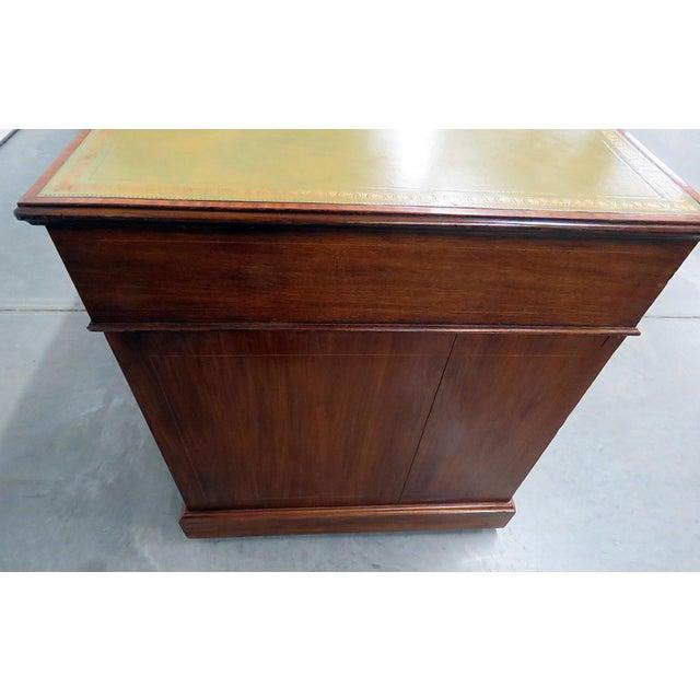 Antique Inlaid Leather Top Desk For Sale In Philadelphia - Image 6 of 12 - Exquisite Antique Inlaid Leather Top Desk DECASO
