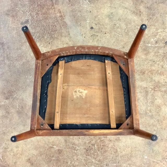 Animal Skin 1960s Vintage Hans Wegner Style Danish Modern Dining Chairs- Set of 4 For Sale - Image 7 of 11