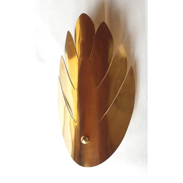 French Brass Stylized Leaf Mid Century Modern Sconces, France 1970s, 2 Pairs For Sale - Image 3 of 9