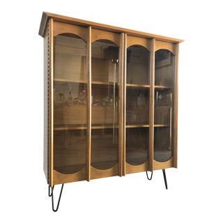 Vintage Mid-Century Modern Bookcase / China Display Cabinet With Glass Doors For Sale