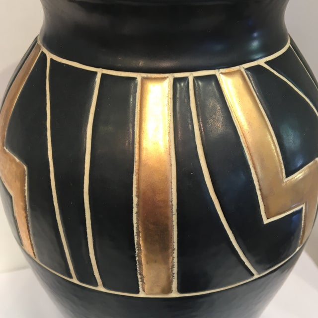 Vintage Black Ceramic Urn - Image 4 of 6