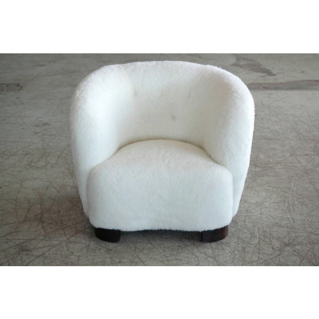 1940s Danish 1940s Pair of Viggo Boesen Style Lounge or Club Chairs in Lambswool For Sale - Image 5 of 9