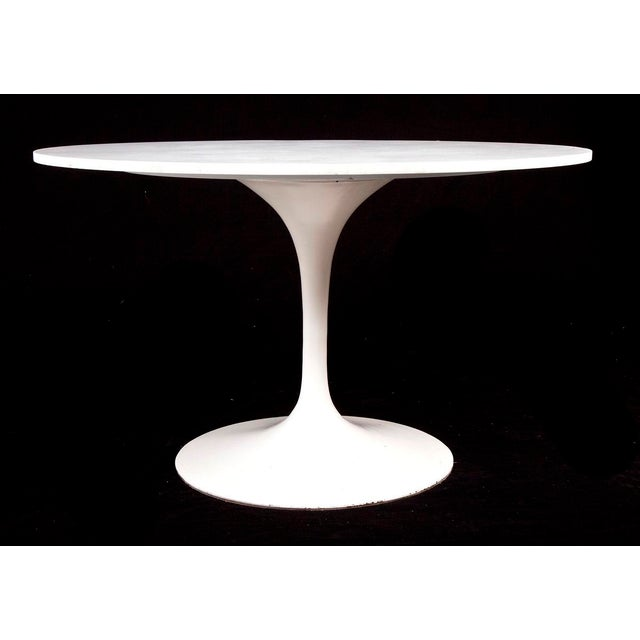 Contemporary Mid-Century Modern Saarinen for Knoll Marble & Cast Iron Tulip Dining Set For Sale - Image 3 of 9