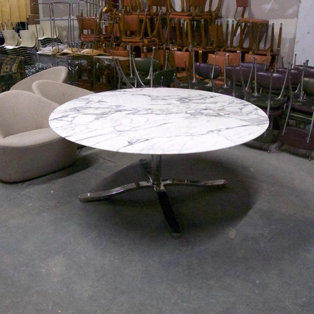 "White Nicos Zographos Round Carrara Marble ""Alpha"" Dining or Conference Table For Sale - Image 8 of 13"
