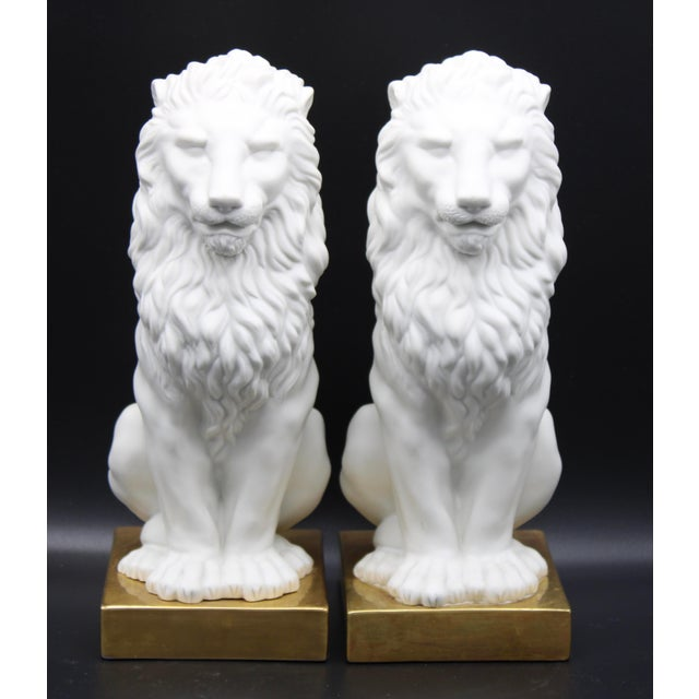Italian Mottahedeh Ceramic Mantle Lions - a Pair For Sale - Image 10 of 13