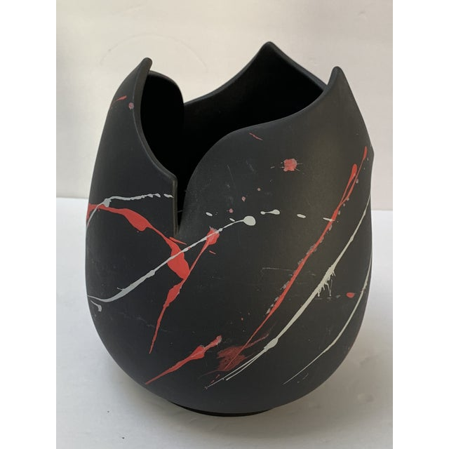 Red Pomo Snars 1990 Ceramic Vase Postmodern Vessel Centerpiece For Sale - Image 8 of 8