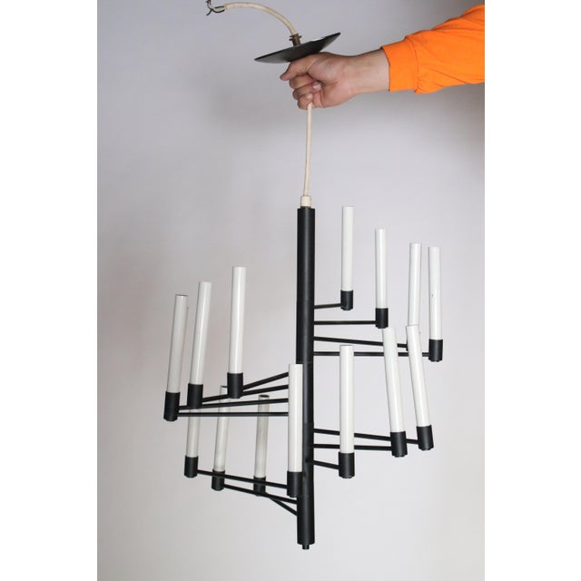 Mid-Century Modern Lightolier Staircase Chandelier For Sale - Image 3 of 6