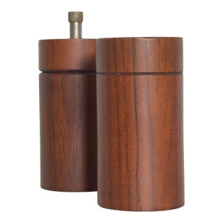 Classic Vintage Modern Teak Salt Shaker Pepper Grinder From England Galatix For Sale