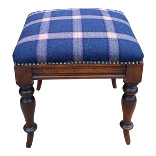 Circa 1930s English Oak and Blue Plaid Footstool For Sale