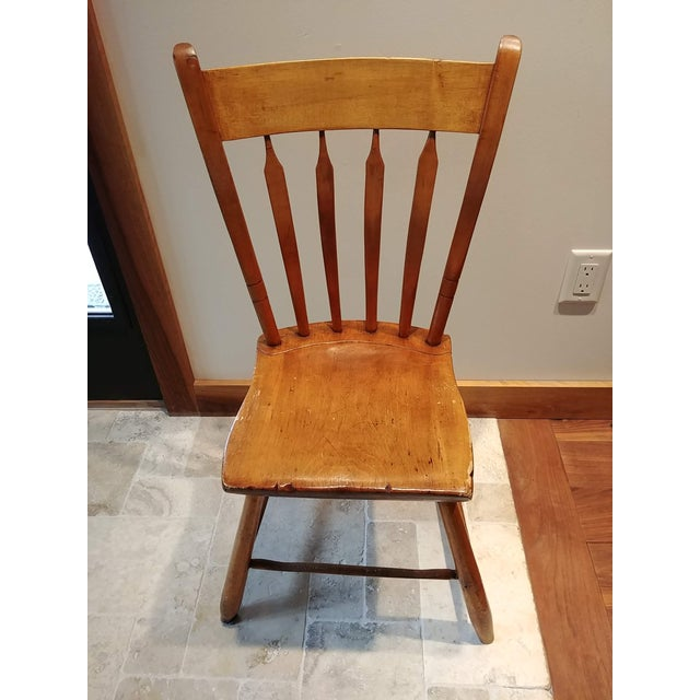 Early 20th Century American Primitive Maple Thumb Back Chair For Sale - Image 5 of 8