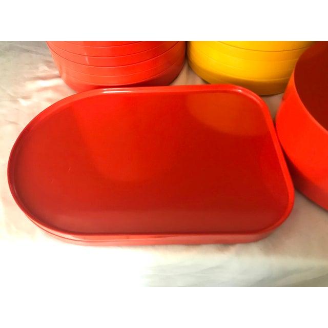 Massimo Vignelli Italian Massimo Vignelli for Heller Melamine Multi-Colors Dinnerware Set - 83 Pieces For Sale - Image 4 of 13