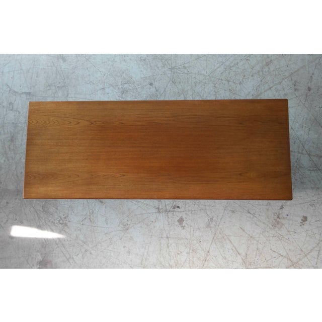 1960s Danish Midcentury Coffee Table in Solid Teak by Illum Wikkelsø For Sale - Image 5 of 6