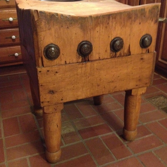 Vintage 1930's Maple Chopping Block Table - Image 7 of 7