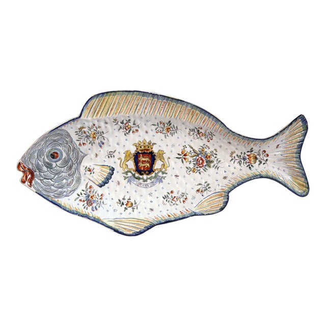 Early 20th Century French Hand-Painted Faience Fish Platter From Normandy For Sale