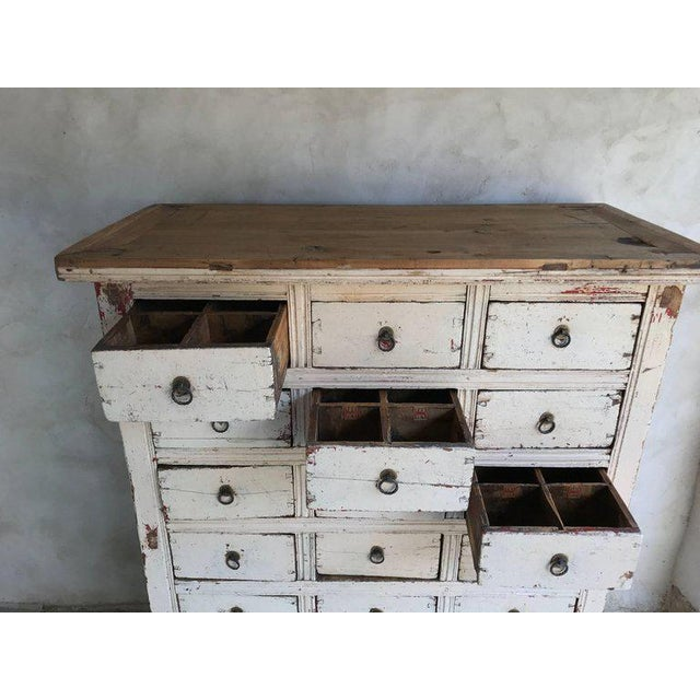 Primitive 21-Drawer Distress Painted Cabinet - Image 4 of 5