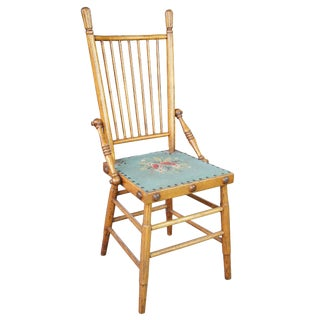 Late 19th Century Arts & Crafts Oak Spindle Back Chair For Sale