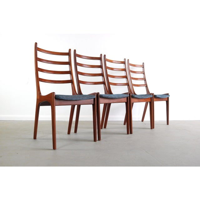 Brown Set of 4 Mid Century Danish Modern Contoured Ladder Back Dining Chairs in Teak For Sale - Image 8 of 8