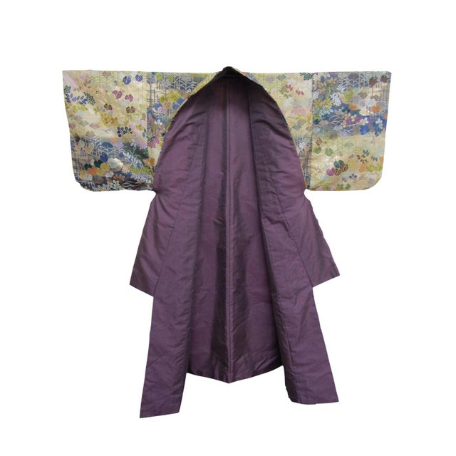 Vintage Silk Embroidered Japanese Wedding Kimono - Image 4 of 10