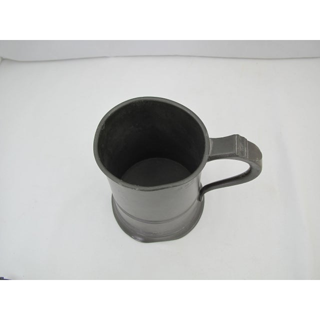 Traditional 19th Century Victorian One Quart Pewter Tankard For Sale - Image 3 of 7