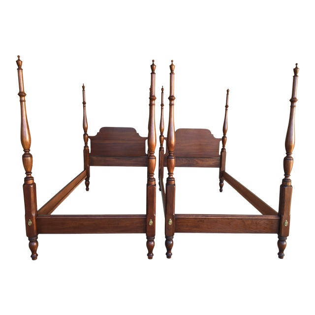 Henkel Harris Solid Cherry Chippendale Style Poster Beds - a Pair For Sale