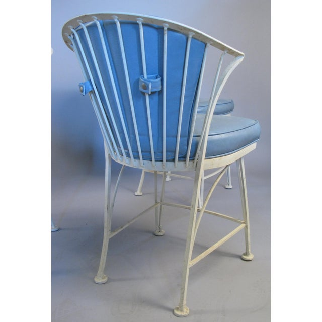 Metal 1950s Vintage Woodard Pinecrest Chairs with Original Cushions - Set of 4 For Sale - Image 7 of 10