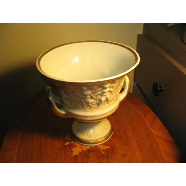 Traditional Vintage Von Schiermolz Large Urn With Gold Trim & Handles For Sale - Image 3 of 5