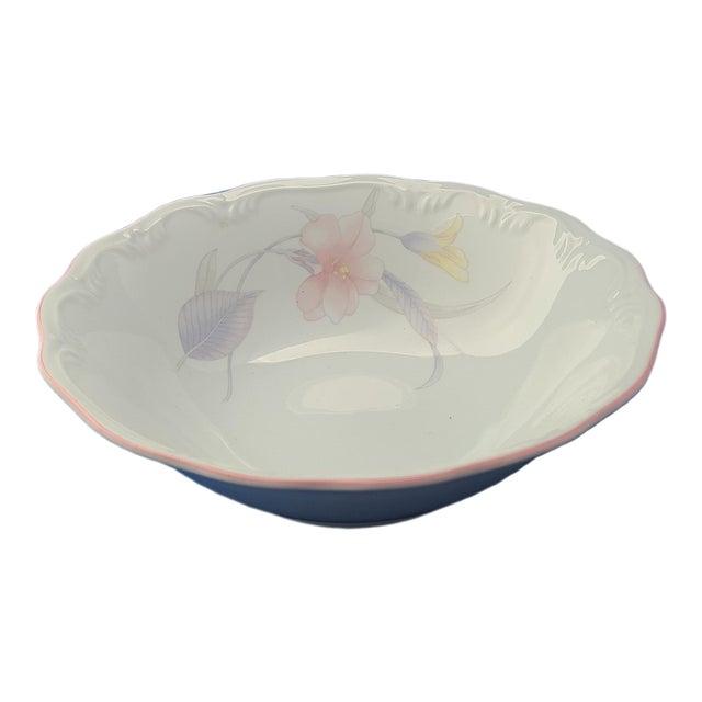"""Porcelana Schmidt Brasil Mid Century Modern Floral 9 1/2"""" Bowl For Sale"""