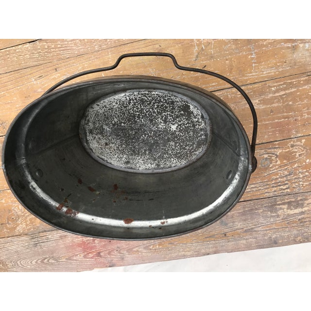1940s Vintage Oval Tin Bucket With Iron Handle For Sale - Image 5 of 8