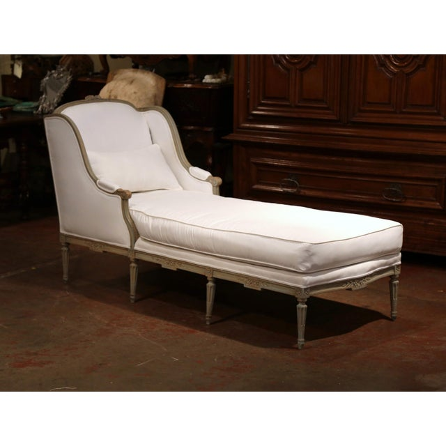 19th Century French Louis XVI Carved and Painted Eight-Leg Chaise With Muslin For Sale - Image 12 of 12