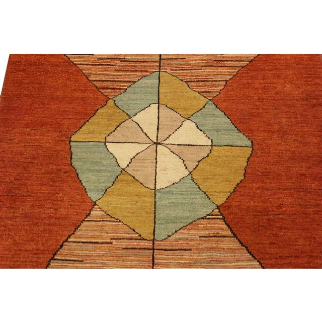 2000s Gabbeh Peshawar Gerry Orange/Gold Hand-Knotted Wool Rug -3'0 X 4'5 For Sale - Image 5 of 8