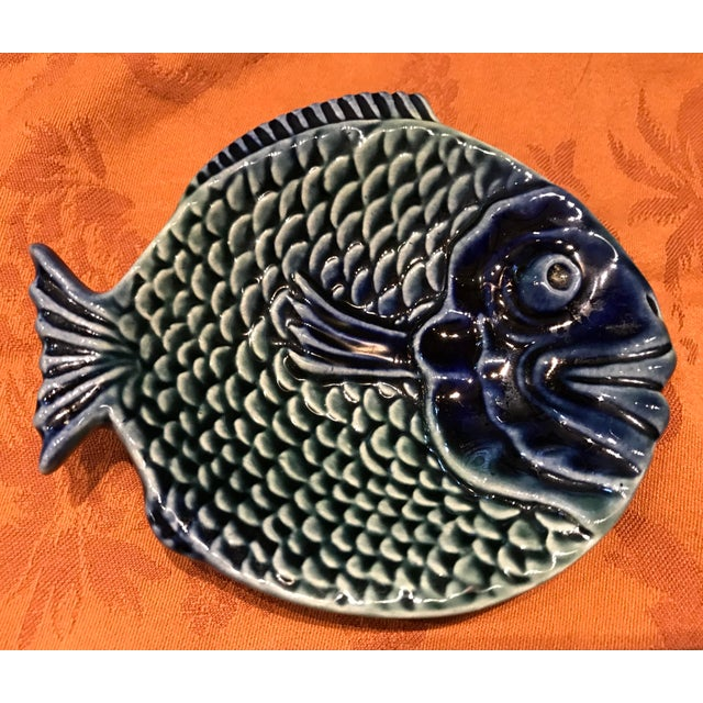 Vintage Olfaire Majolica Ceramic Fish Serving Dishes - Set of 5 For Sale In Miami - Image 6 of 11