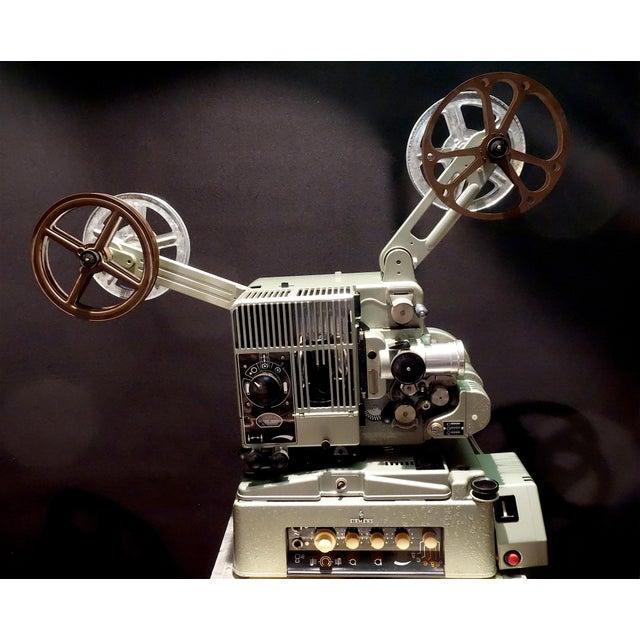 Seimens Studio Movie Film Projector Circa 1958 Rare Original 'Berlin' Green For Sale - Image 11 of 11