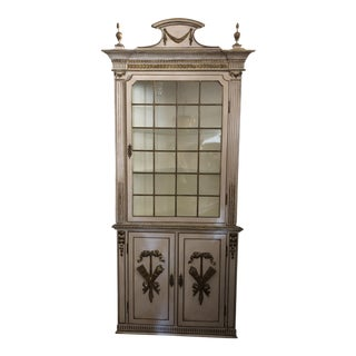 French 19th Century Creamy White and Gold Corner Cabinet Cupboard For Sale