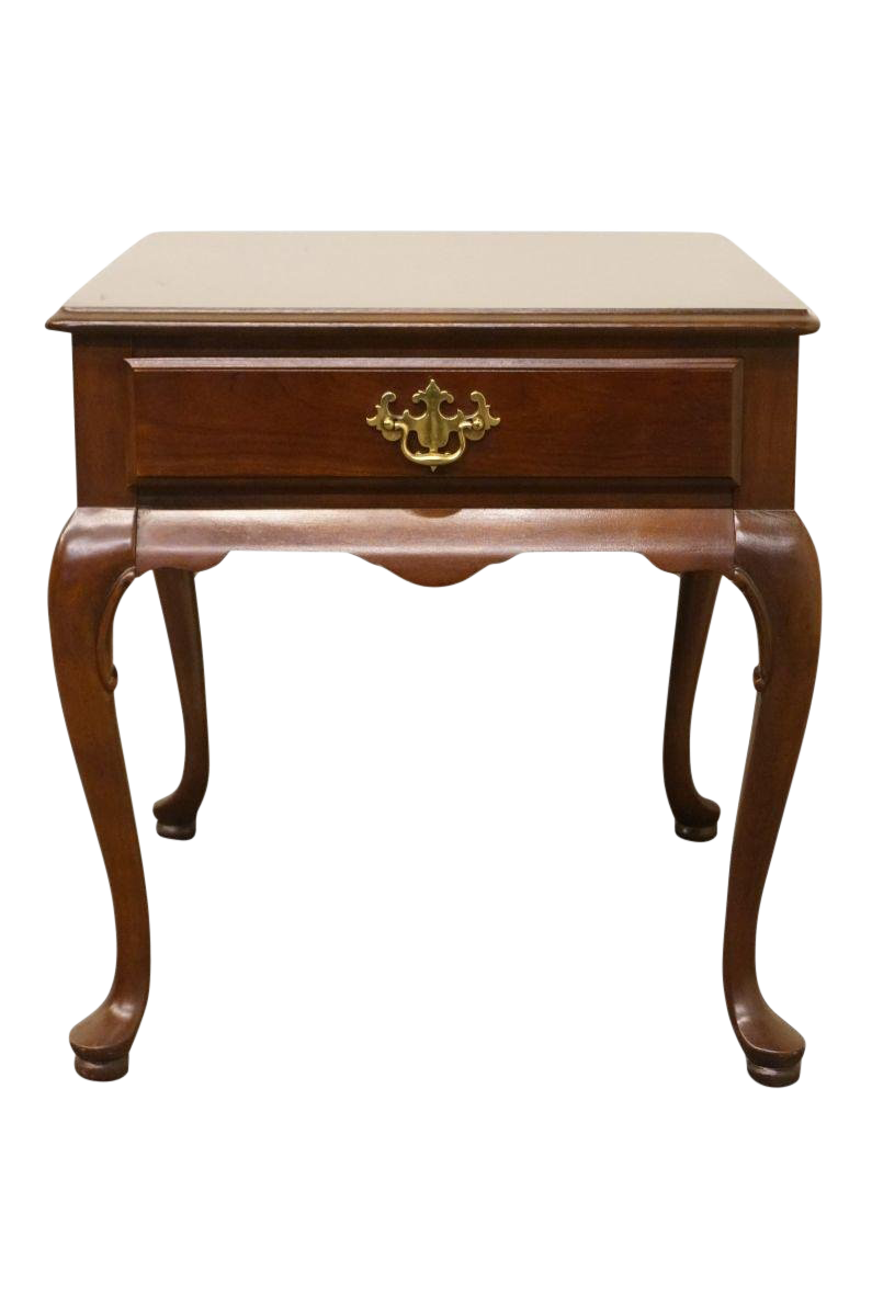 Late 20th Century Vintage Hammary Furniture Solid Cherry Queen Anne End  Table