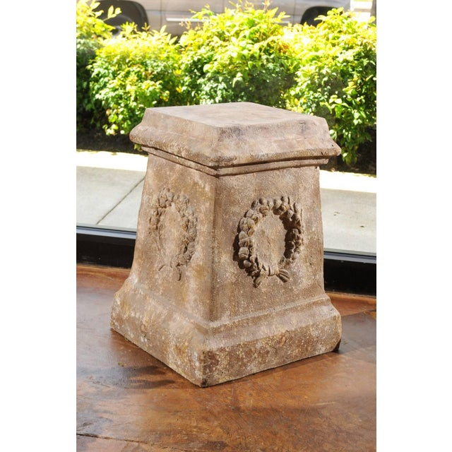 Plaster Pair of Vintage Continental Faux Stone Garden Plinths with Wreath Motifs, 1960s For Sale - Image 7 of 12