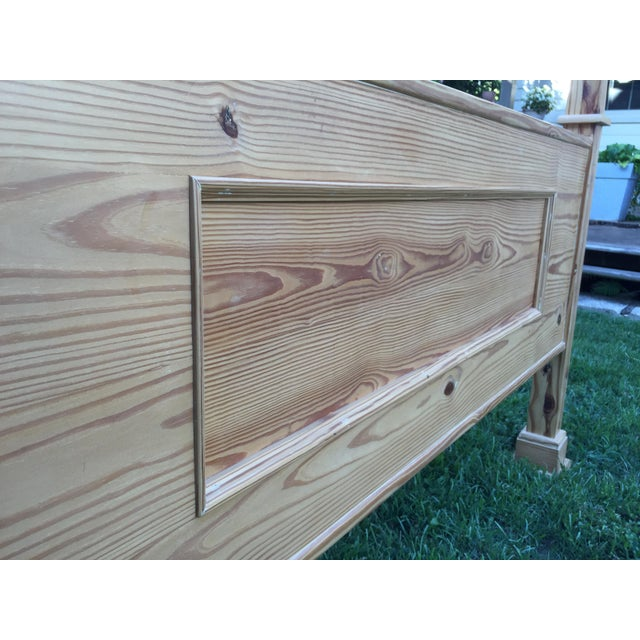 1990s 1990s Vintage Custom-Built Natural Pine Queen Bed For Sale - Image 5 of 10