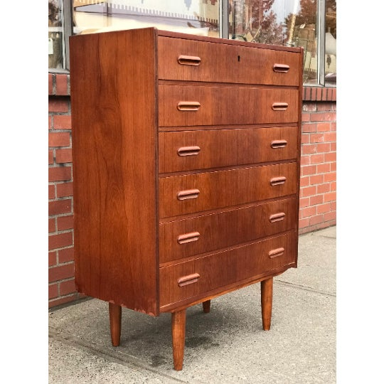 This dresser has 6-drawers with clean lines. This dresser is from a single owner home and in great condition. It includes...