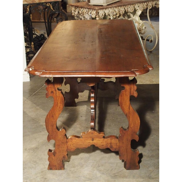 19th Century Tuscan Walnut Table With Shaped Wooden Stretchers For Sale - Image 4 of 13