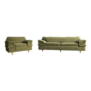 Kroehler Mid Century Modern Winged Green Sofa & Chair Set