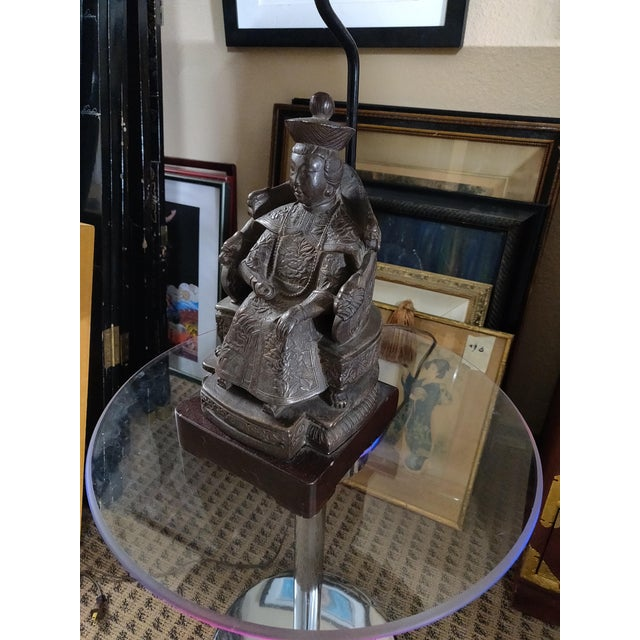 James Mont 1940's Vintage Archaic Figural Bronze Effigy of the Empress of China Table Lamp For Sale - Image 4 of 12