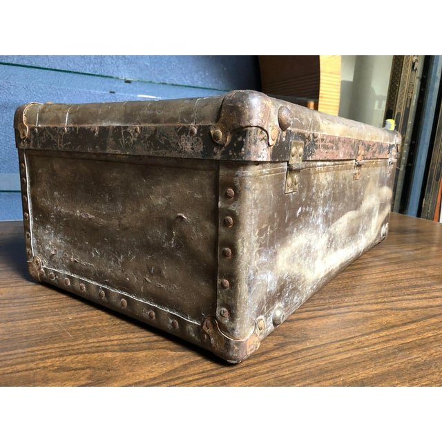 1950s Vintage Well-Worn Wearever Salesman Sample Suitcase For Sale - Image 5 of 11