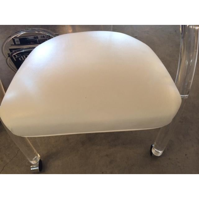 S/ 4 Mid Century Modern Charles Hollis Jones Lucite & White Leatherette Armchairs on Casters - Image 7 of 7
