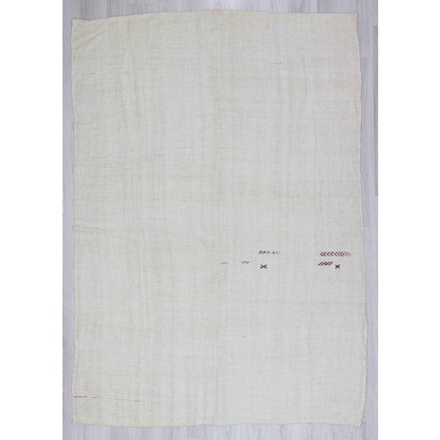 Vintgage white Turkish hemp kilim rug - Image 2 of 6