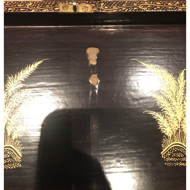 19th Century Red and Gold Chinese Export Box For Sale In Tampa - Image 6 of 8