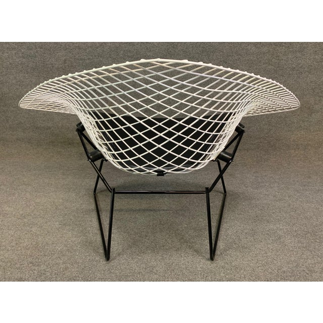 1970s Vintage Mid Century Modern Large Diamond Chair by Harry Bertoia for Knoll For Sale - Image 5 of 11