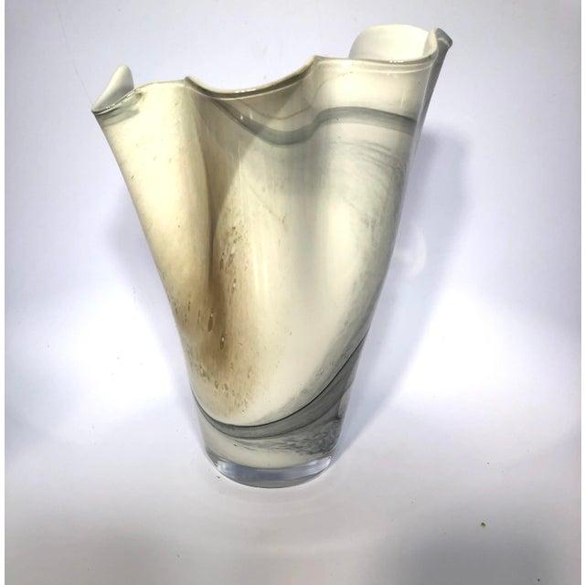 Hand-Blown Polish Glass Handkerchief Vase For Sale - Image 6 of 8